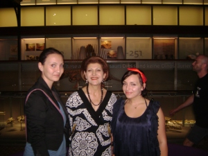 Denisa Caldararu, Androulla Vassiliou and Catalina Ciorei at Youth Health Conference 2009